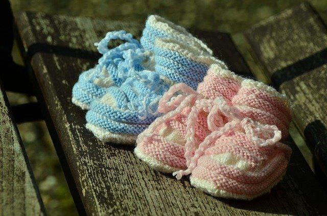 zapatos de bebés gemelos