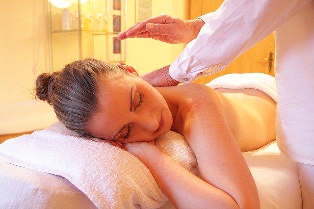 masaje espalda durante lactancia